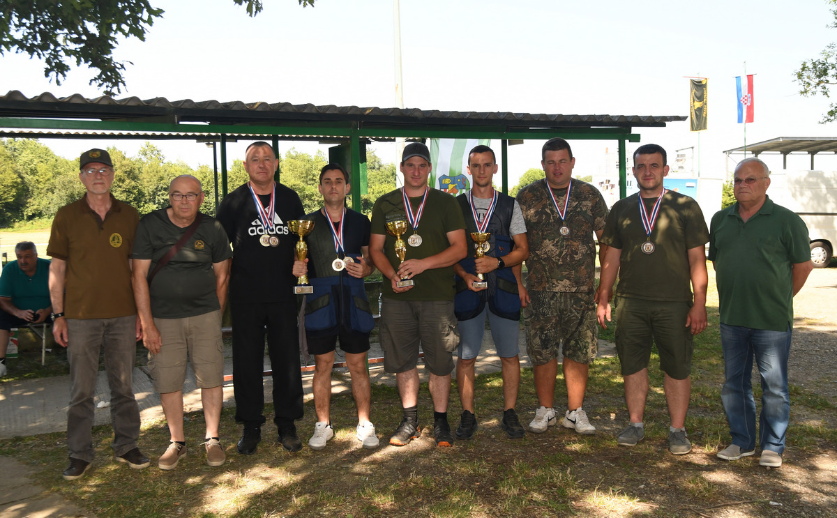 Prva šestorica - ekipa LSZŽ